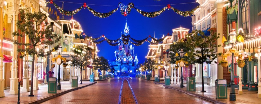Disneyland christmas decorations 2017 : Christmas at disneyland paris