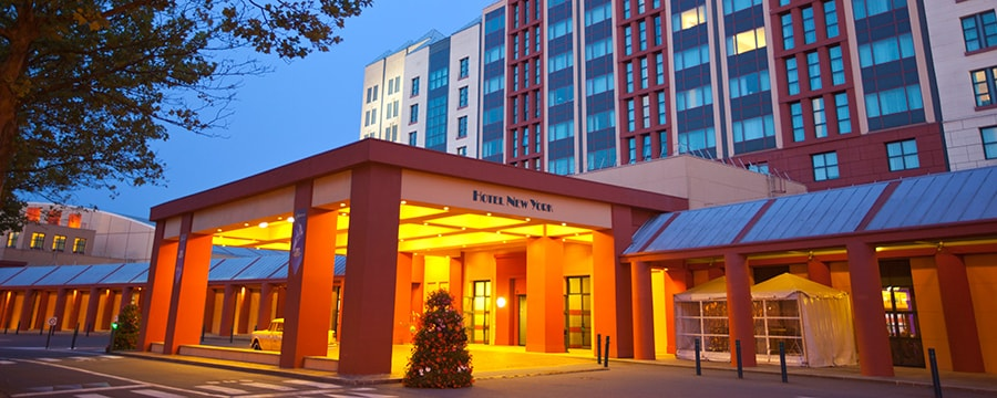 Disney 39 s hotel new york disneyland paris hotels for New york hotels